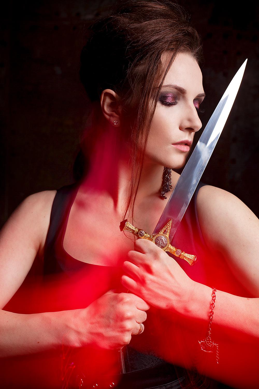 фотосессия с мечом